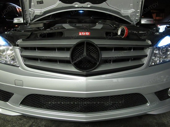 Carbon Fiber Spoiler And Grill On Mercedes